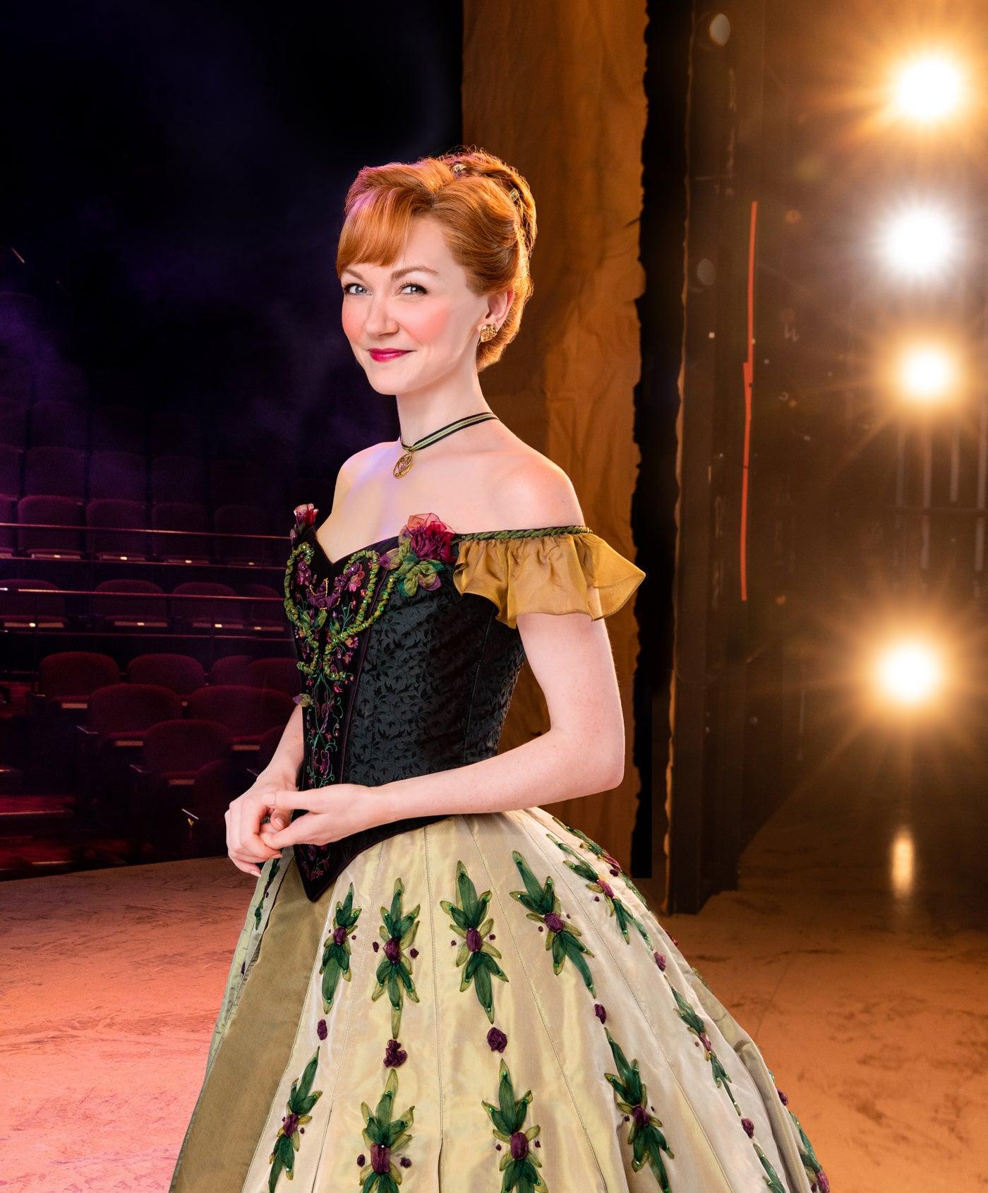 See Caroline Bowman Amp Caroline Innerbichler As Elsa Amp Anna